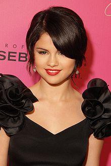 Biografía de Selena Goméz