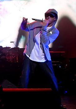 La Biografía de Marshall Bruce Mathers(Eminem)